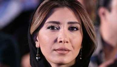 عکس های نیکی مظفری و صبا کمالی در پشت صحنه نمایش شیرهای خان باب سلطنه