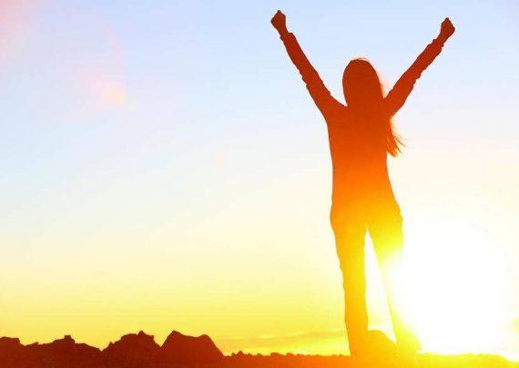 راز شاد بودن و زندگی با نشاط