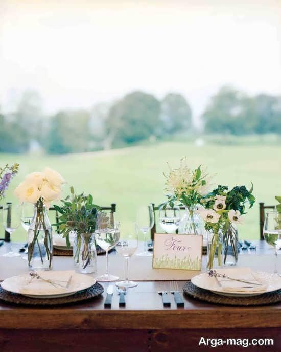 گل آرایی شیک میز شام