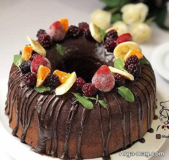 دیزاین کیک بدون خامه با طرح دوست داشتنی
