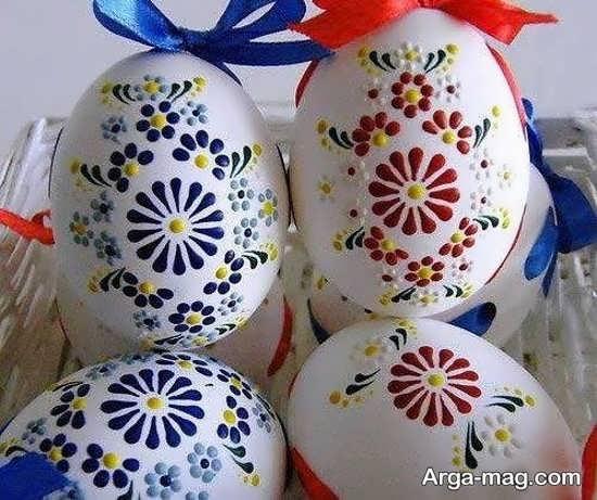 نقاشی تخم مرغ با طرح گل