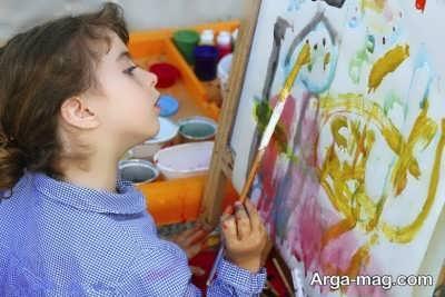 علت استفاده کودک از رنگ تیره در نقاشی