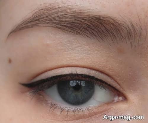 خط چشم ساده زنانه