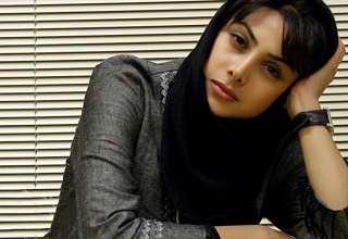 عکس های لاکچری آزاده صمدی در باغ کتاب تهران