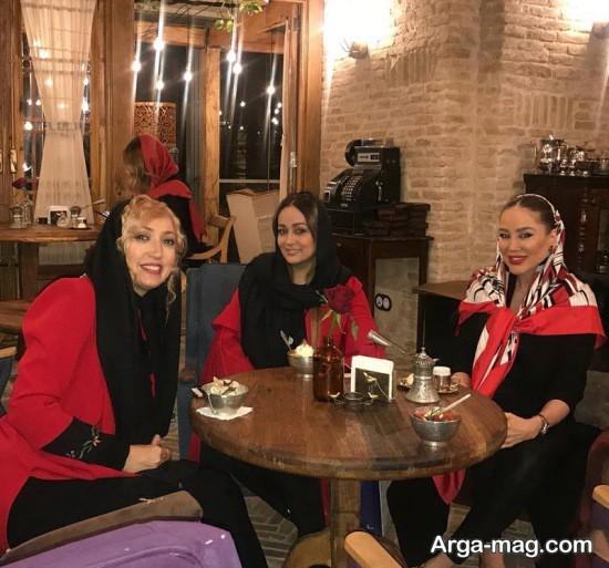 نگار عابدی در کافه