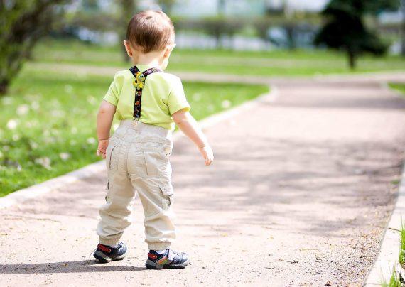 یدگیری مهارت راه رفتن کودک