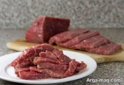 برش دادن گوشت
