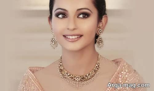 مدل آرایش صورت ملایم هندی