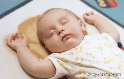 خواب نوزاد در یک ماهگی
