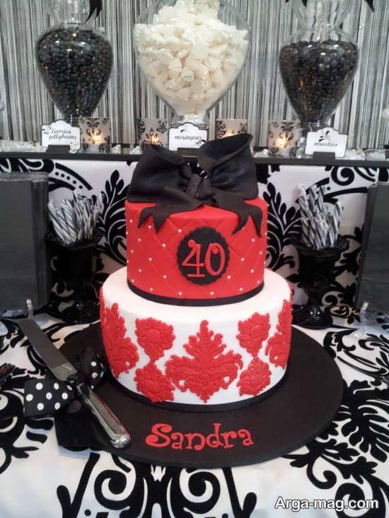 تزیین کیک با تم مشکی و قرمز