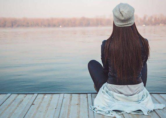 راهکارهایی برای آرام کردن فرد غمگین