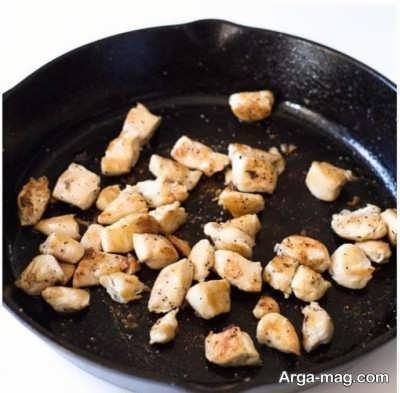 تفت دادن سینه مرغ