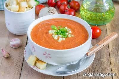 تزیین سوپ گوجه فرنگی