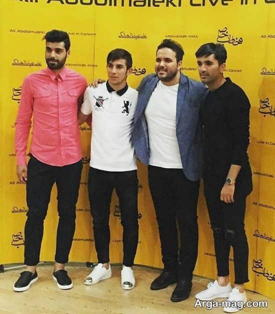 فرشاد احمدزاده با دوستانش