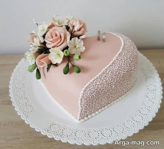 تزیین کیک عروس به شکل قلب