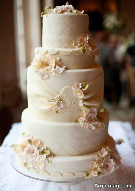 تزیین کیک عروسی