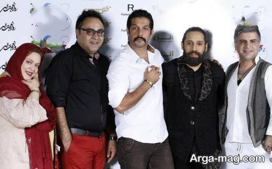 کامران تفتی با جمعی از بازیگران