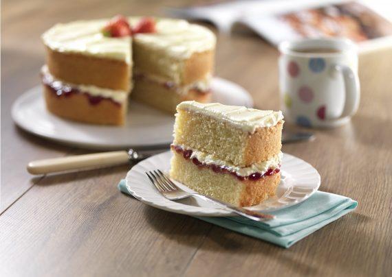 طرز تهیه کیک اسفنجی با 4 روش مختلف