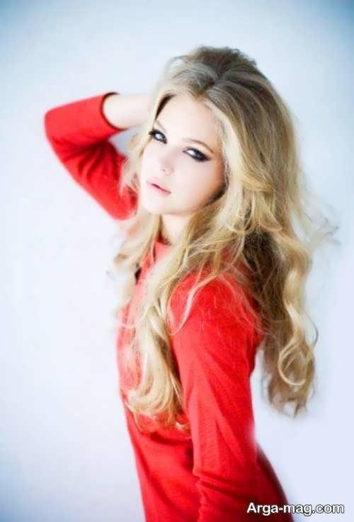 مدل آرایش صورت زیبا و شیک با لباس قرمز