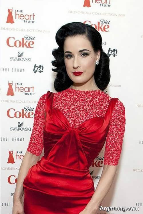 مدل آرایش صورت زیبا با لباس قرمز