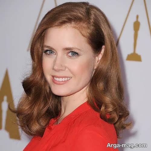 آرایش صورت با لباس قرمز گیپور