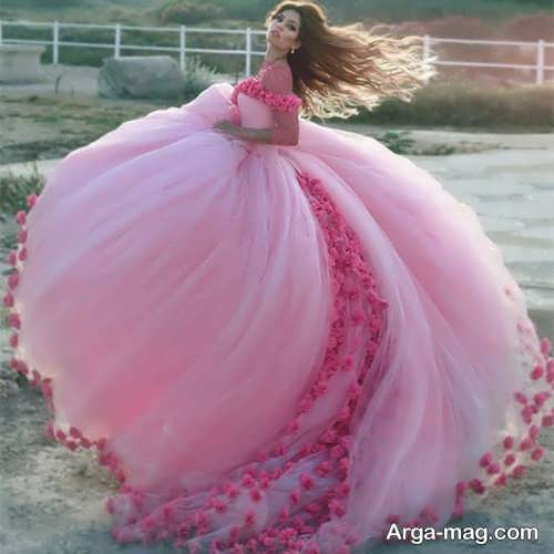 [تصویر:  Pink-Wedding-Dress-11.jpg]
