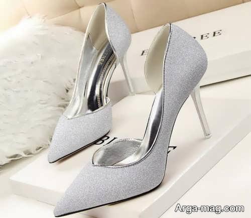 مدل کفش نوک تیز و پاشنه دار