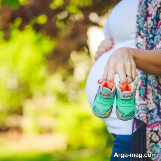 انواع فیگور عکس بارداری با همسر