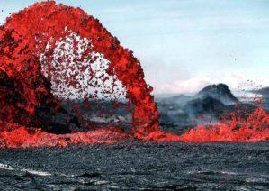 تصاویری از مواد مذاب آتشفشان ها