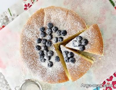 تزیین ساده کیک با آرد ذرت