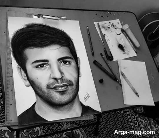 نقاشی سیاه قلم با طرحهای حرفه ای