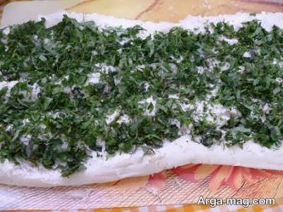 طرز تهیه رول نان و پنیر و سبزی