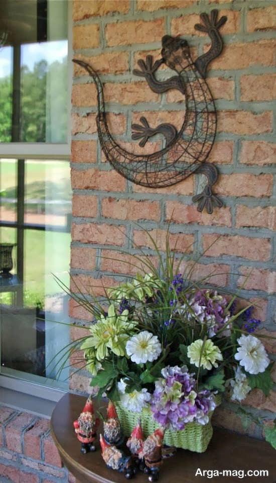 تزیین ظریف با دیوار حیاط