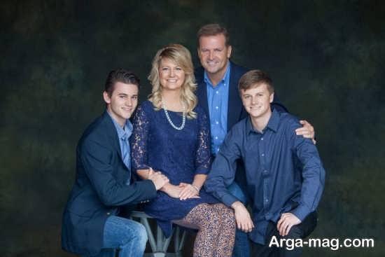 ژست آتلیه ای برای عکس های خانوادگی
