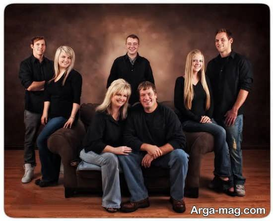 ژست عکس خانوادگی با اعضای خانواده مختلف