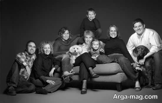 ژست آتلیه ای عکس خانوادگی