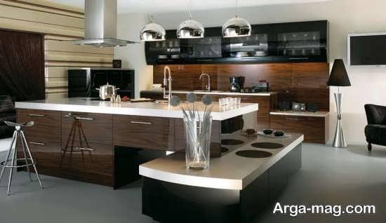 دیزاین جذاب آشپزخانه با طرح کابینت جزیره