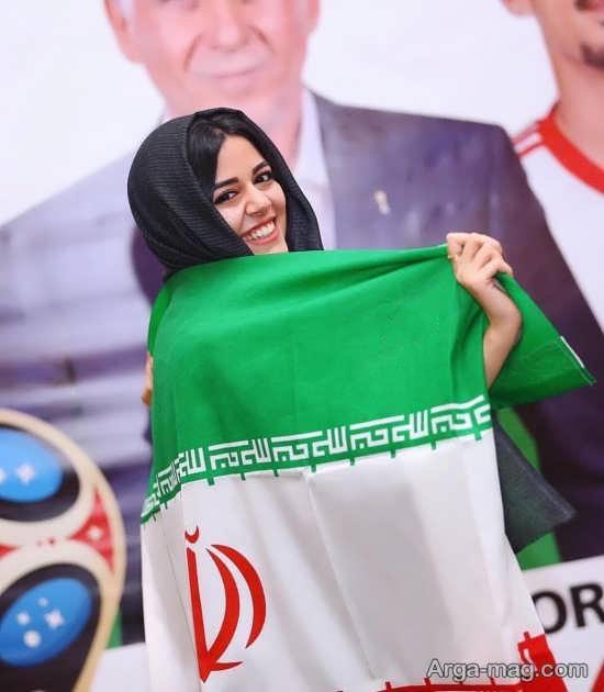 عکس ماهور الوند با پرچم ایران