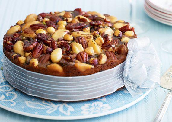 کیک آجیلی