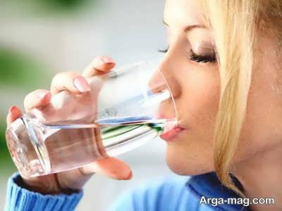 خوردن آب فراوان برای درمان سنگ کلیه