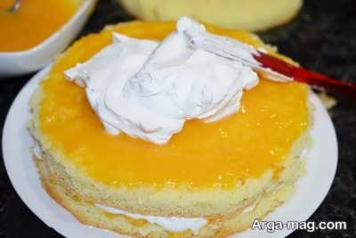 کشیدن خامه روی کیک