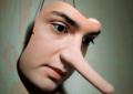 رفتار با همسر دروغگو