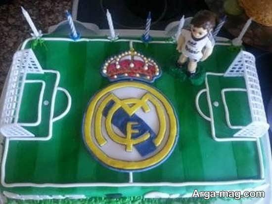 تزیین زیبای کیک با طرح رئال مادرید