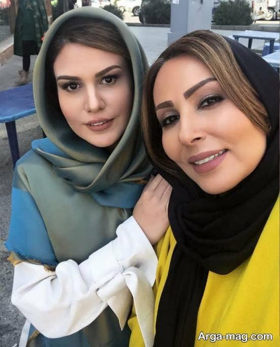 عکس رز رضوی در کنار بازیگر زن تلویزیون