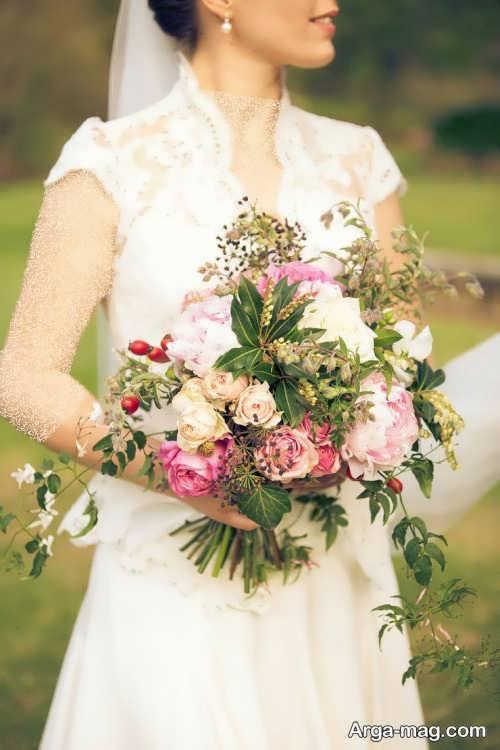 ژست زیبا عکس عروس با دسته گل
