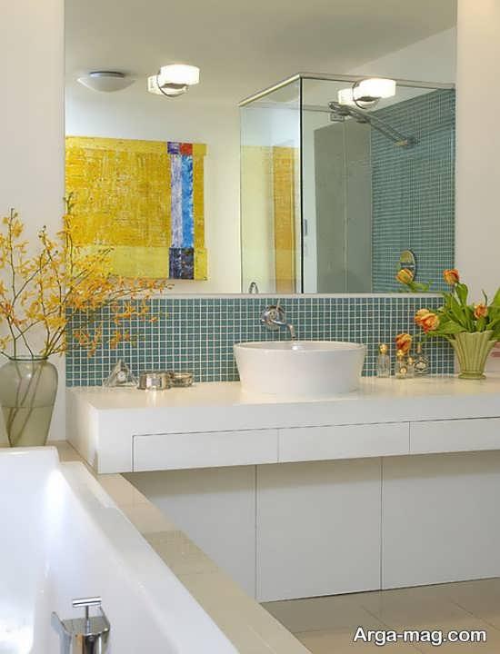 دیزاین جذاب سرویس بهداشتی با گل طبیعی