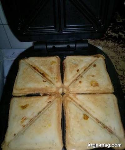 دستور تهیه اسنک سوسیس در ساندویچ ساز