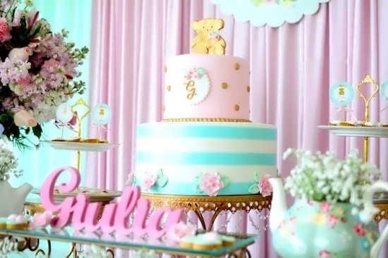 طراحی زیبای کیک با تم زیبای خرس تدی