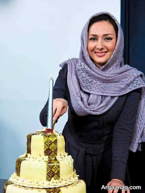 ژست بریدن کیک تولد