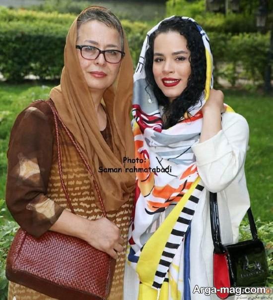 ملیکا شریفی نیا در موزه